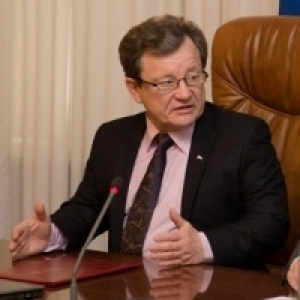 Отставка Валерия Косарева, уход с должности Сергея Брайко, назначение новых замов